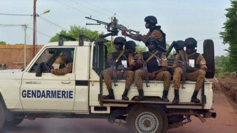 Le terrorisme frappe au Burkina Faso: Un prêtre espagnol et quatre douaniers tués