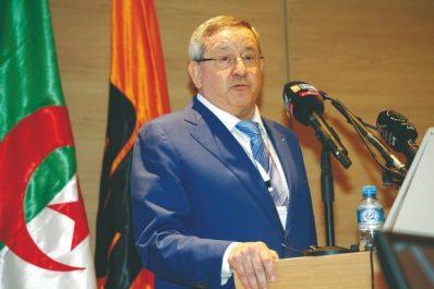 Ould Kaddour prononce son discours d'adieux: «je pense que nous avons accompli pas mal de choses»