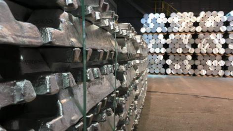 Première opération d'exportation de lingots d'aluminium vers l'Italie