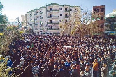 Appels anonymes à des marches ce vendredi : Entre tentation du pire  et conscience populaire