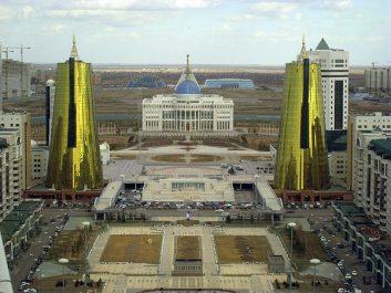 La capitale Astana est désormais officiellement renommée Noursoultan