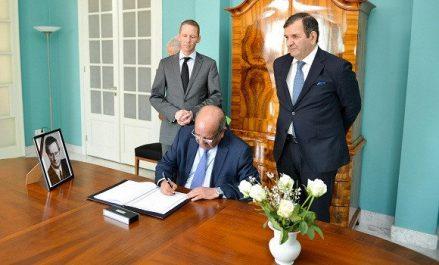 Décès de l'ancien ministre allemand des AE : Messahel signe le registre de condoléances