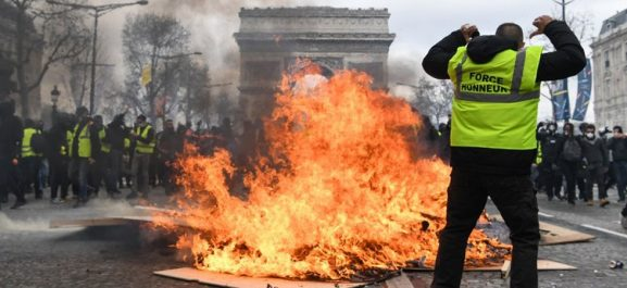 Manifestations des gilets jaunes: 54 journalistes blessés et 120 incidents répertoriés