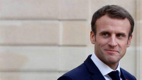 Macron réagit aux manifestations sur twitter !