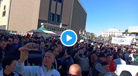 Des centaines de milliers de manifestants dans la rue, du jamais-vu à Constantine !