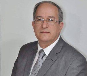 Hakim Belahcel, premier secrétaire national du FFS, à l'expression: «Les prophètes du malheur doivent dégager»