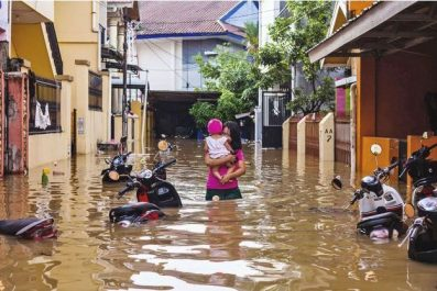Inondations en Indonésie: des dizaines de morts