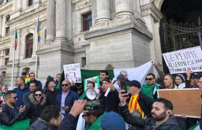 «Boutef you are fired»: La communauté algérienne de Philadelphie proteste contre le système en place