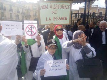 Sidi-Bel-Abbès: Médecins, postiers, avocats, étudiants, architectes s'élèvent contre le pouvoir actuel