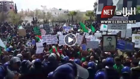 7 ème vendredi de protestation : des manifestations contre le système à El Oued, Mostaganem et Sétif