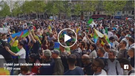 Un grand rassemblement a la place de la République- Paris