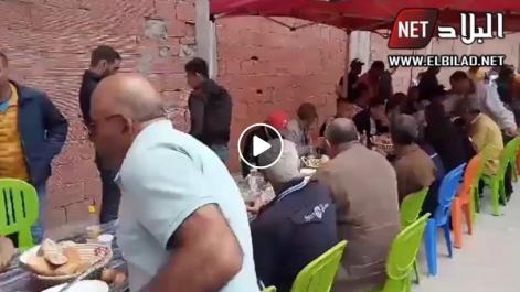 Déjeuner collectif à Bordj Bou Arreridj à l'occasion de la marche du 11e vendredi [vidéo]