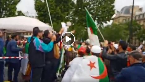 14ème rassemblement des algériens à Paris pour exiger le départ du système en Algérie ! [vidéo]