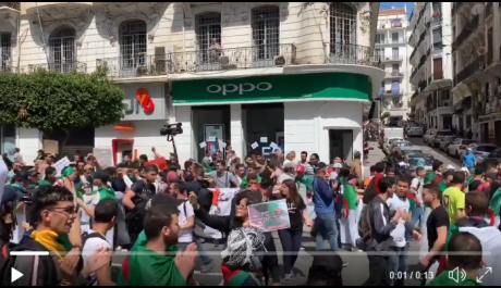 Vidéo / 13e Mardi : Marche des étudiants à Alger