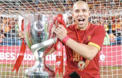 Il a remporté le doublé avec son club turc de Galatasaray : Feghouli, la nouvelle année de grâce !