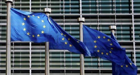 L'UE salue les marches pacifiques en Algérie !