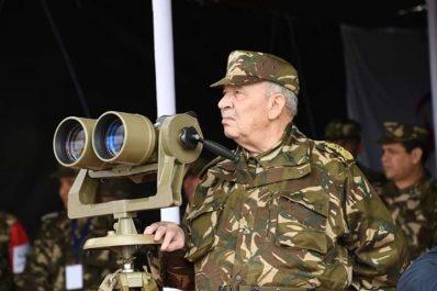 Gaïd Salah en visite de travail aujourd'hui à la 3ème Région militaire