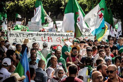 Plus belles photos du 17e vendredi à Alger par Yacine Aouli
