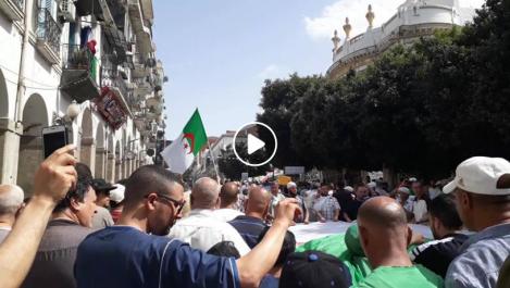 16e vendredi: imposante manifestation à Skikda