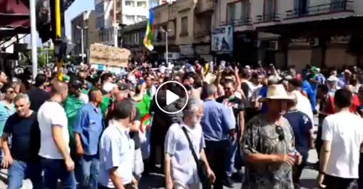 Grande mobilisation populaire à Tizi Ouzou pour le 17e vendredi de manifestation !