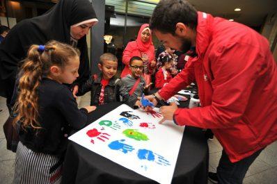 LG en collaboration avec l'Association Nationale Autisme Algérie offrent les tenues de l'aïd et du matériel pédagogique aux enfants autistes