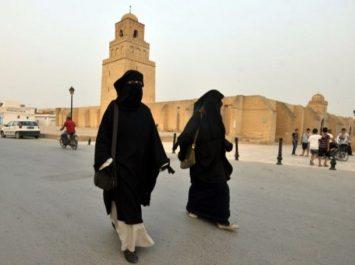 Pour raisons de sécurité, la Tunisie interdit le niqab dans les institutions publiques !