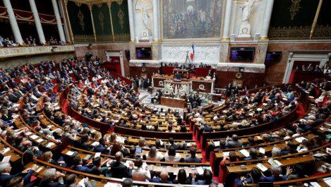 17 députés demandent une commission d'enquête sur la présence et l'action de la France en Libye