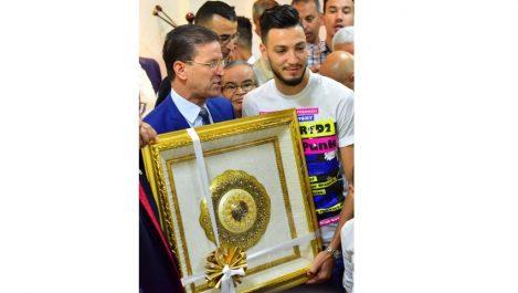 Ramy Bensebaïni honoré par les autorités locales de Constantine : «Le grand mérite revient à Belmadi et au peuple»