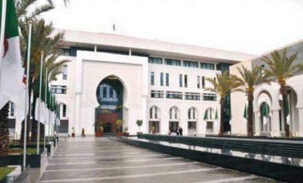 L'Algérie condamne «avec force» l'attaque ayant ciblé un centre d'hébergement de migrants à Tripoli
