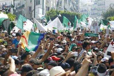 Demain, 21e vendredi de manifestations contre le système : Le mouvement populaire à l'heure du vide constitutionnel