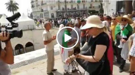 Des reporters de l'ENTV chassés par des manifestants à Alger !
