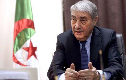 Son meeting électoral chahuté à Tlemcen: Benflis réagit
