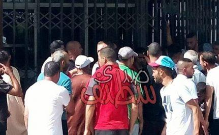 Le siège de l'APC d'Aïn Messaoud à Sétif fermé par les habitants !