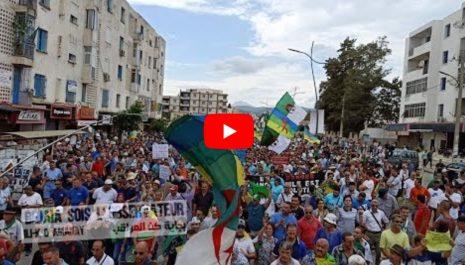 28e vendredi : Grandiose manifestation à Béjaïa