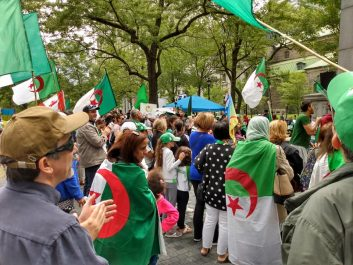"""29e manifestation du """"hirak"""" au Canada : """"Pas d'élection contre la volonté populaire"""""""