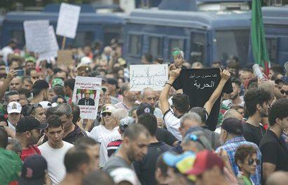 Convocation du corps électoral et interdiction d'accès à la capitale : Quelle sera la réponse de la rue demain ?