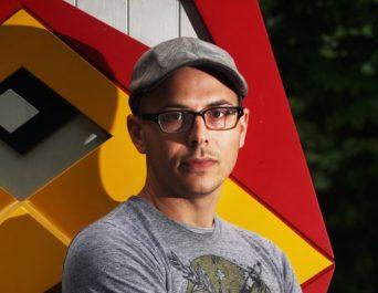 Daniel Wilson, auteur du best-seller Robopocalypse, au stand des Etats-Unis