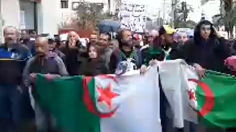 Vidéo : début du 35ème mardi de protestation à Oran