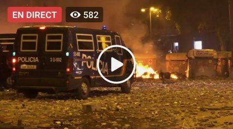 Affrontements entre police et indépendantistes à Barcelone