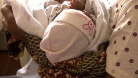 """Nigéria : Une """"usine à bébés"""" démantelée par la police"""