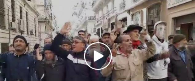 Jugement des détenus du Hirak: rassemblement de soutien devant le tribunal de Sidi M'hamed