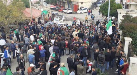Manifestation contre l'élection du 12 décembre à Sétif