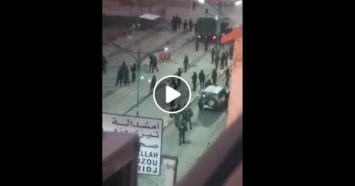 Vidéos   Affrontements entre des manifestants et des gendarmes à Bouira