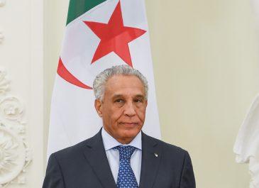 Le nouvel ambassadeur d'Algérieen France a rencontré Emanuel Macron hier
