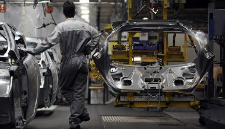 Arrêt des usines du montage automobile