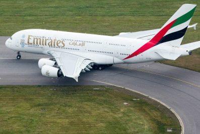 Emirates réinvente son offre de produits à bord avec EmiratesRED