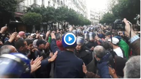 🔴 Vidéo | Les manifestants ne cessent de scander «Silmya» aujourd'hui à Alger