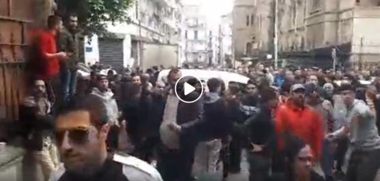 🔴 Vidéos | Impressionnante mobilisation citoyenne à Alger contre le scrutin