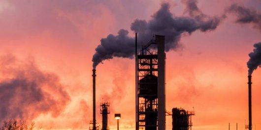 Hausse des prix du pétrole à la veille du sommet de l'OPEP