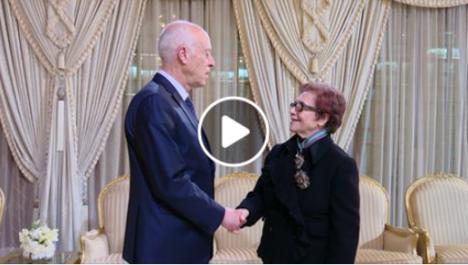Vidéo | La Moudjahida Djamila Bouhired décorée par le président tunisien